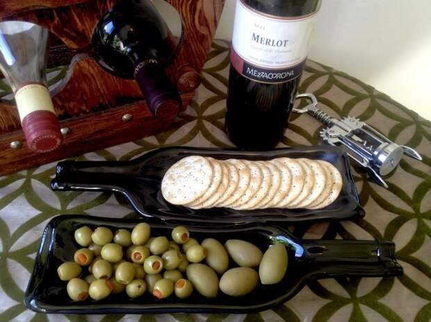 WineBottle16 22 способа превратить пустую бутылку в практичное произведение искусства