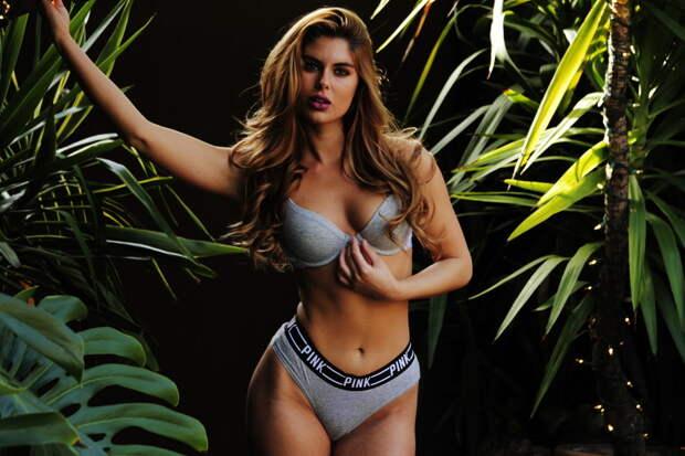 Страстная, дерзкая, сексуальная: идеал девушки в фэшн-фотографиях