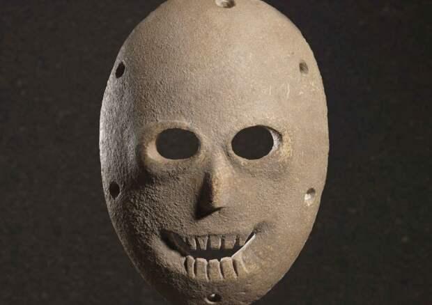 12 древнейших в мире культовых масок