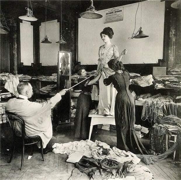 Подборка фотографий работы ателье высокого класса в начале ХХ века: