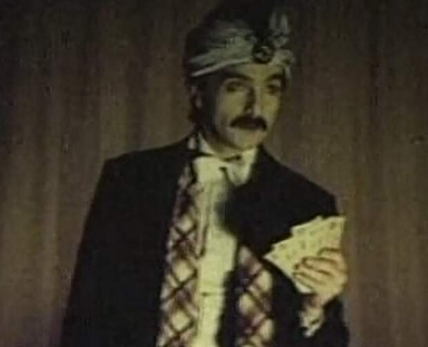 Яркие кинороли самого популярного фокусника 80-ых Амаяка Акопяна.