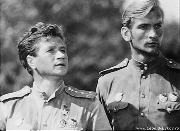 Хороший украинский актёр Талашко не побрезговал...   (видео)