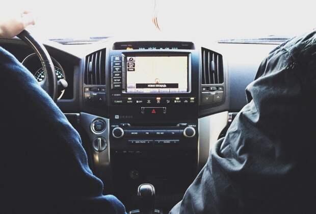 Двое петербуржцев угнали «Ленд Крузер Прадо» и спрятали авто в Ижевске