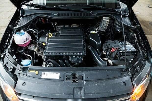 Благодаря более мощной батарее, стартеру увеличенной мощности и проводке системы пуска с увеличенным сечением проводов холодный запуск мотора возможен при —36 градусах.