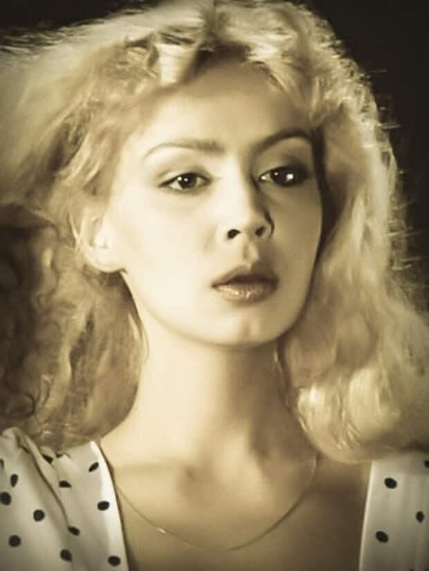 Красавицы из 90-ых: Александра Колкунова