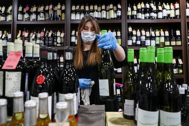 Союз прав потребителей предупредил о грядущей волне поддельного алкоголя