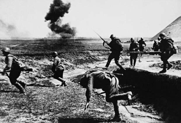 Красноармейцев какого возраста больше всего погибло на Великой Отечественной