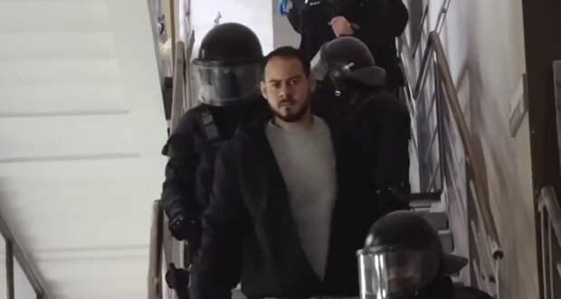 Полиция арестовала рэпера, оскорбившего своей песней короля Испании