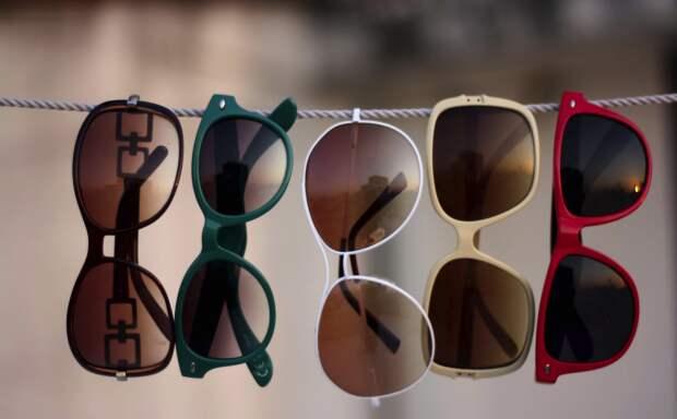 Как правильно выбрать солнцезащитные очки, чтобы не испортить зрение