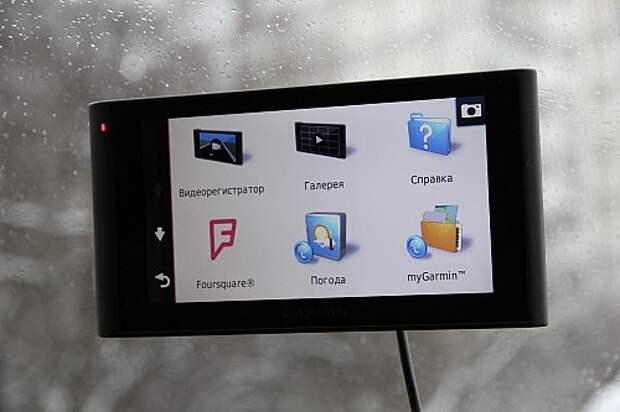 Три в одном от Garmin: тестируем видеорегистратор, навигатор и громкую связь nuviCam LMT Rus