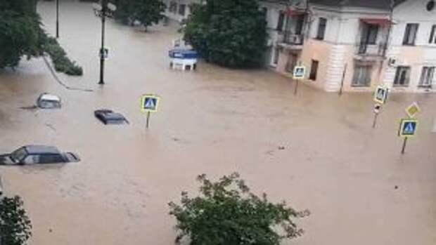 Затопленную Керчь сняли на видео с воздуха