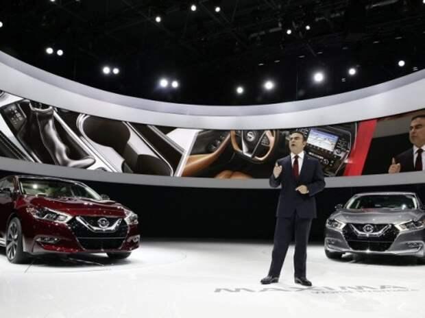 Nissan выпустит автомобиль с автономным управлением в 2016 году
