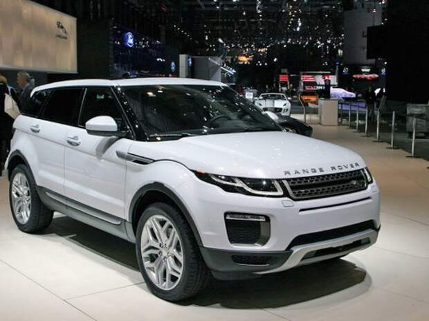 Range Rover Evoque получил светодиодные фары и новый мотор