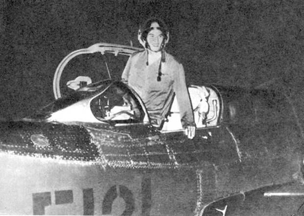 Ночная атака Фам Туана - единственного в истории лётчика, который сбил Б-52 в небе