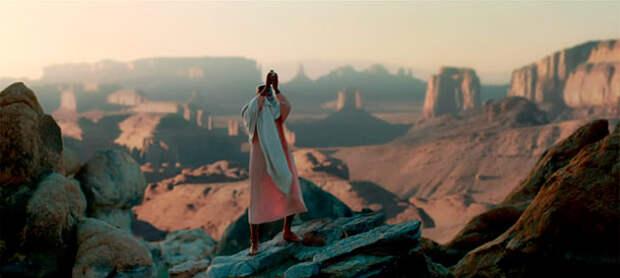 Кадр из клипа Фаррелла Уильямса Freedom