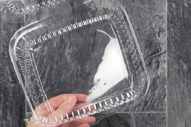 Не выбрасывай пластиковые упаковки, лучше положи их в духовку… Через 3 минуты придешь в изумление!
