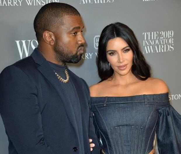 Ким Кардашьян и Канье Уэст решили развестись