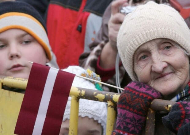 Хроники прибалтийского «европейства»: за Латвию - не чокаясь!
