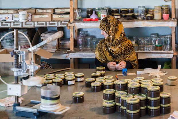 Как делают дагестанский деликатес - урбеч