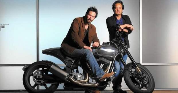 Киану Ривз занялся производством элитных мотоциклов
