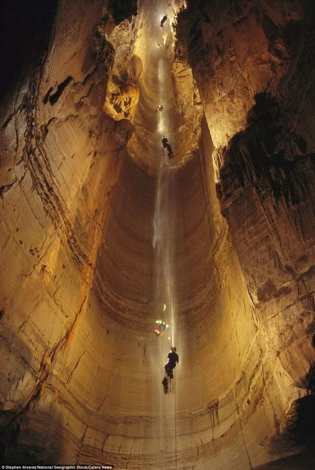 Самая глубокая пещера в мире… (36 фото)
