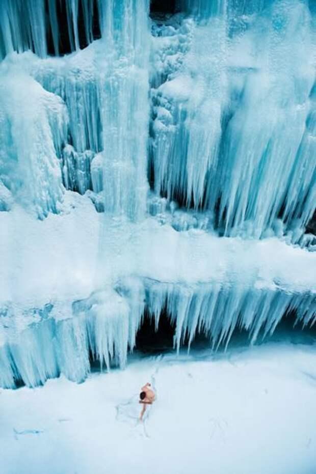 Зима в откровенных работах одного из самых талантливых фотографов современности