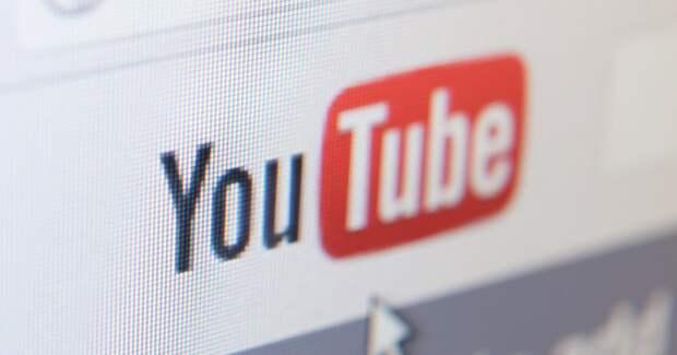 Роскомнадзор назвал YouTube лидером по распространению фейков в России