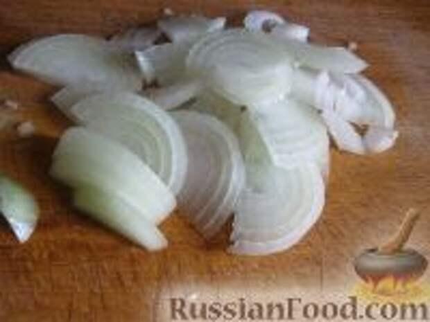 Фото приготовления рецепта: Салат слоеный из печени - шаг №6