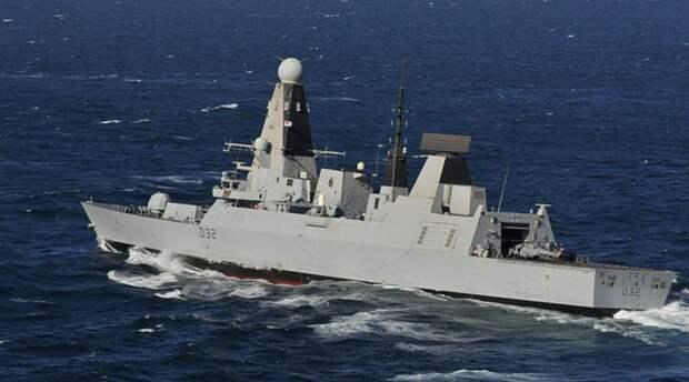 Великобритания отправляет два военных корабля в Черное море
