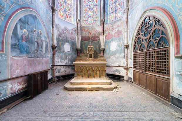 Католическая школа и часовня XIX века, Франция, Центр-Валь-де-Луар