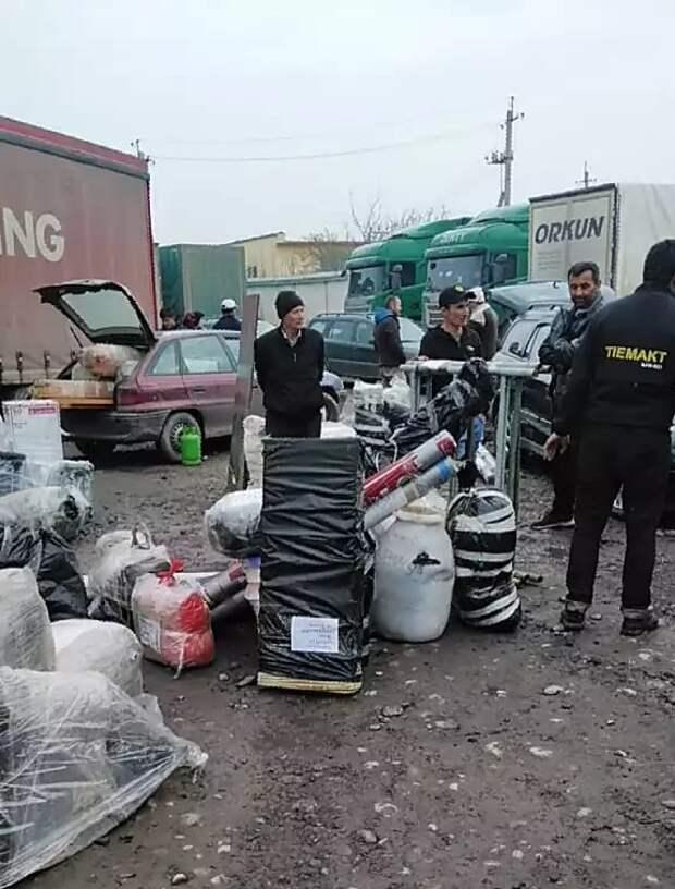 Волонтеры из Куркина отправили гуманитарную помощь в Таджикистан