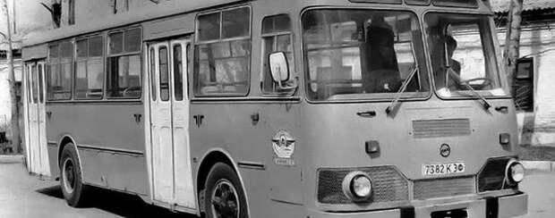 Самый знаменитый автобус СССР Луноход ЛиАЗ 677