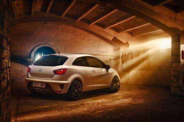 SEAT обновил «горячую» Ibiza Cupra (ФОТО)