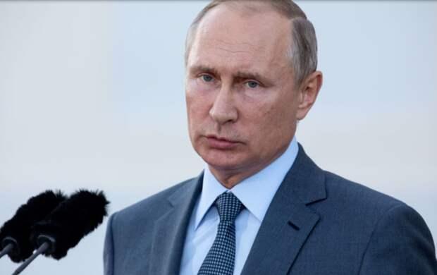 В Кремле отчитались о доходах Путина. Сколько заработал президент России за год