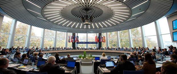 Русофобы рано радовались: Юридический разговор о преступлениях киевского режима только начинается