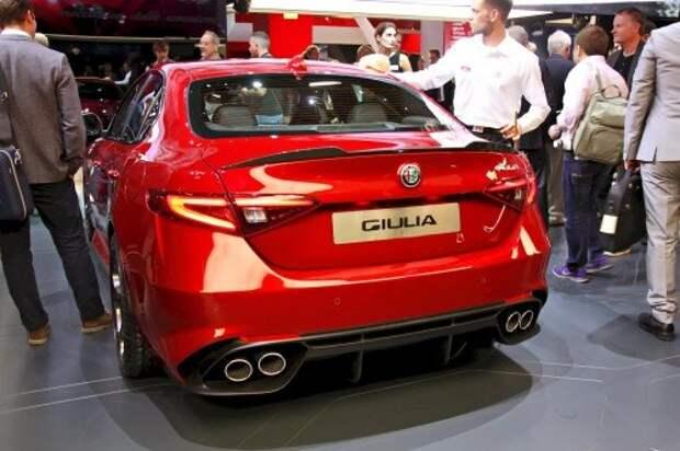 Alfa_Romeo_Gulia_2
