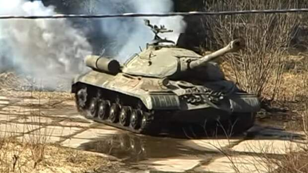 В NI назвали танк, которым СССР в 1945 году напугал своих союзников в Берлине