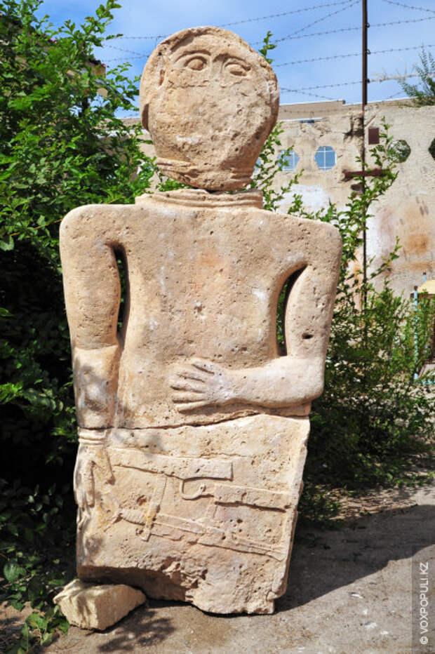 С древнейших времен местные жители находились в постоянном контакте с разными народами, и в искусстве...
