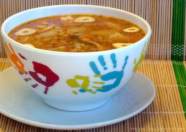 Острый мясной суп с рисом