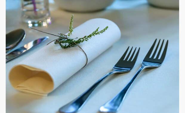 Сервировка стола: 3 способа сложить салфетки