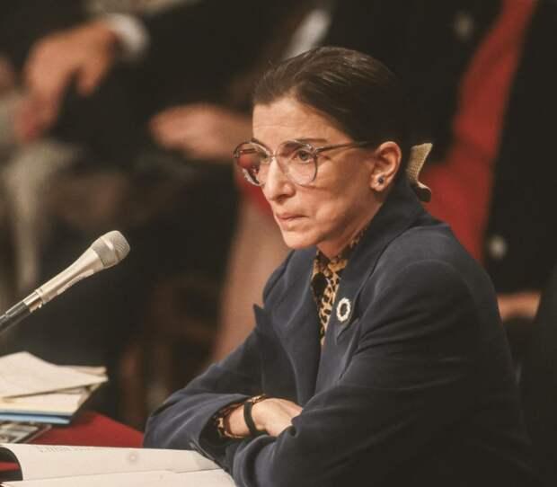 Смерть легендарной судьи Рут Бадер-Гинзбург повышает ставки на выборах в США