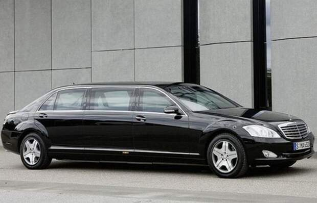 1. Mercedes-Benz S600 лимузин, правительственный автомобиль