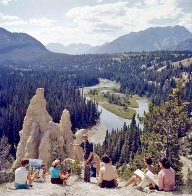 Студенты рисуют удивительные пейзажи. Альберта, Канада, 1957 год. история, ретро, фото, это интересно