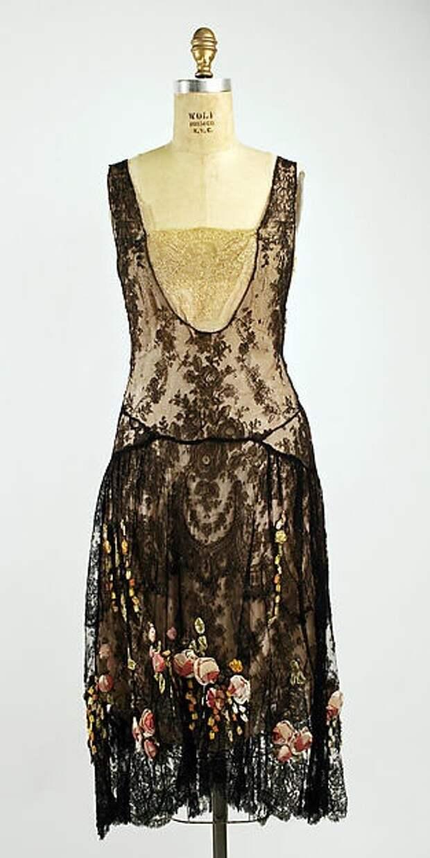 Антикварные платья (подборка)