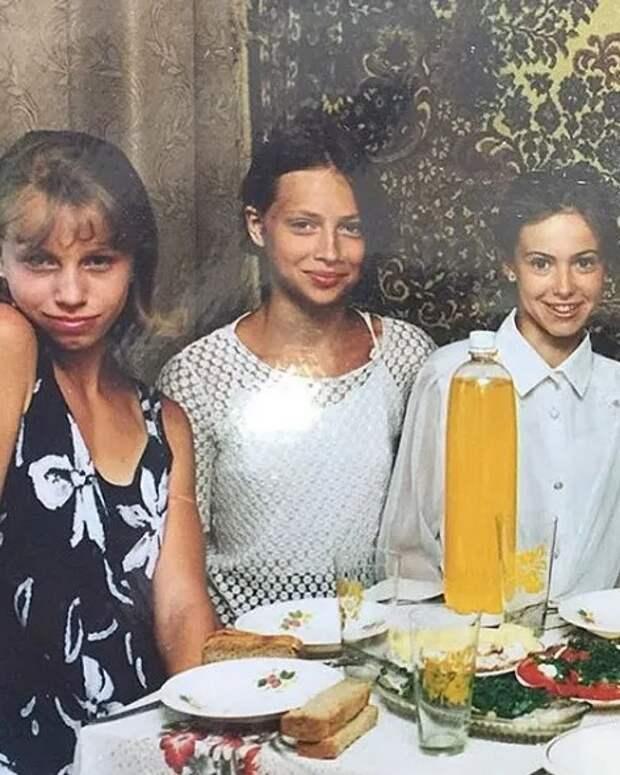 Валерия, Анастасия Заворотнюк иеще 8 звезд, доказавших, что неделали пластику