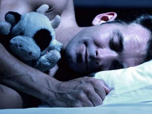 Смолянин спал с ножовкой под подушкой