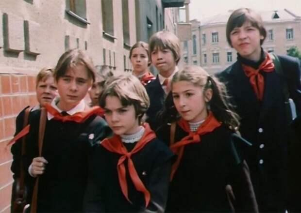 12 фактов о любимой детской фантастике «Гостья из будущего»
