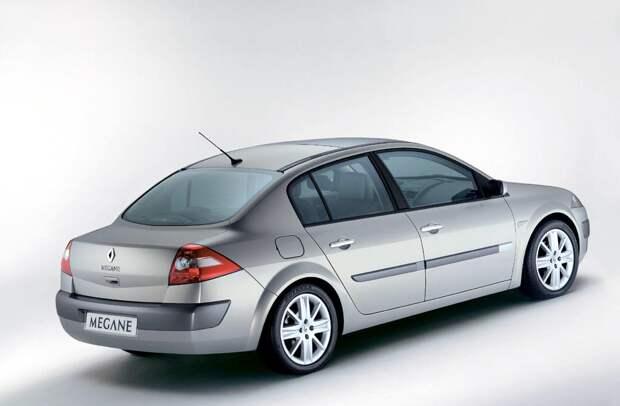 http://www.autocity.com/UpImages/autocity/galerias/2003/04/renault-megane-sedan-2003_.jpg