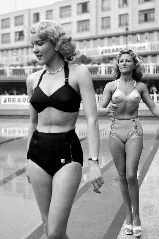 Как эволюционировала мода на женский бюст!
