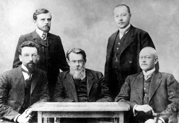 Между войнами и странами: как Вернадский избежал эмиграции, срока за шпионаж и гражданства Украины